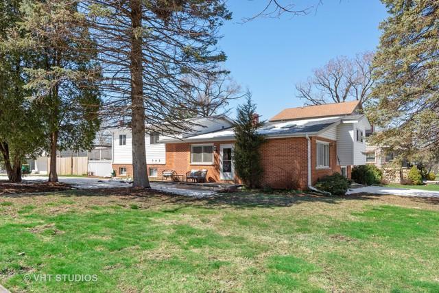 102 N Hudson Street, Westmont, IL 60559 (MLS #10324010) :: Leigh Marcus | @properties