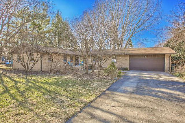 207 Pell Circle, Urbana, IL 61801 (MLS #10324863) :: BNRealty