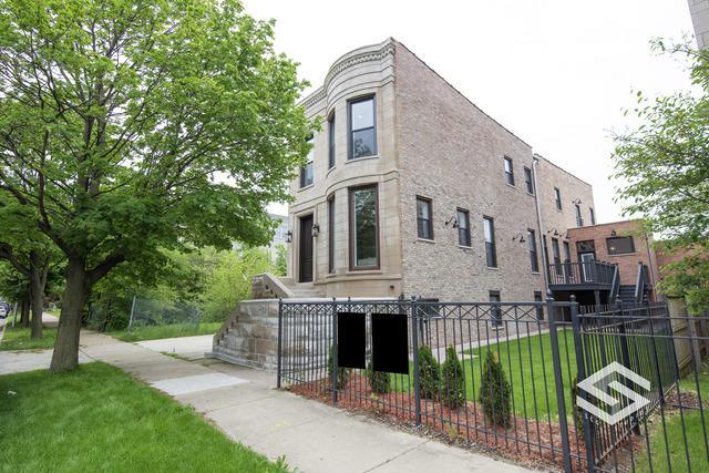 4010 S Ellis Avenue, Chicago, IL 60653 (MLS #10326603) :: Century 21 Affiliated
