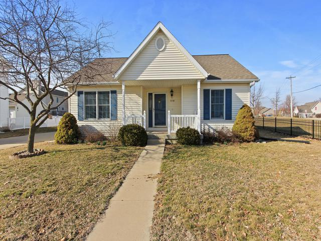 1118 Bull Street, Normal, IL 61761 (MLS #10326639) :: BNRealty