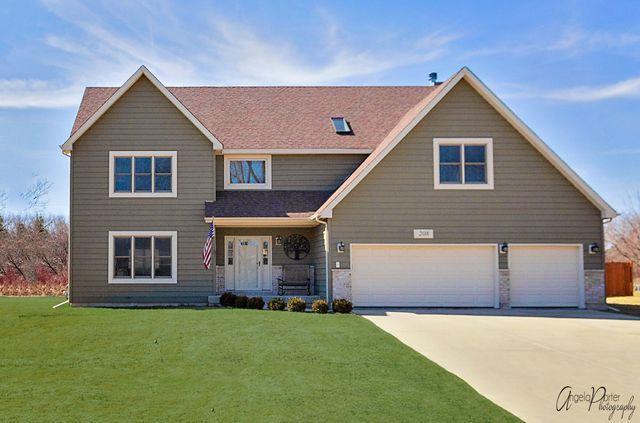 208 Garnett Avenue, Winthrop Harbor, IL 60096 (MLS #10326934) :: Domain Realty