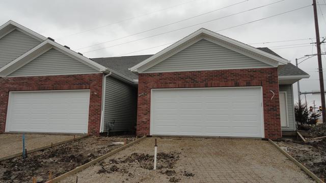 1 Edvardinsh Way, Bloomington, IL 61701 (MLS #10328100) :: Janet Jurich Realty Group