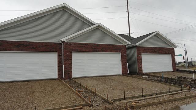 3 Edvardinsh Way, Bloomington, IL 61701 (MLS #10328121) :: Janet Jurich Realty Group