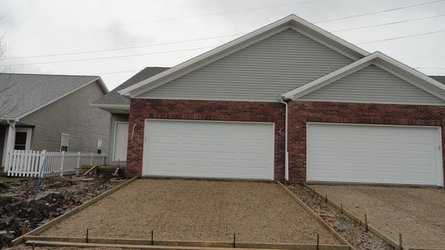 5 Edvardinsh Way, Bloomington, IL 61701 (MLS #10328147) :: Janet Jurich Realty Group