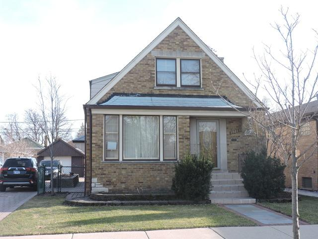 3921 W 56th Street, Chicago, IL 60629 (MLS #10328524) :: Century 21 Affiliated