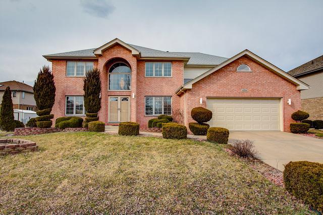 4704 Ashford Drive, Matteson, IL 60443 (MLS #10328659) :: Helen Oliveri Real Estate