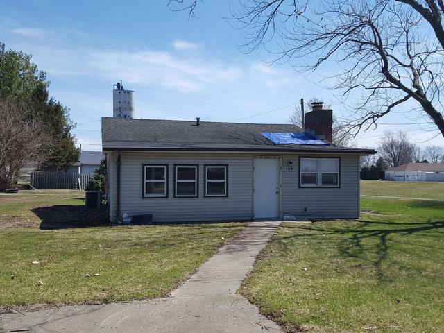 104 N Williams Street, Fithian, IL 61844 (MLS #10329139) :: Helen Oliveri Real Estate