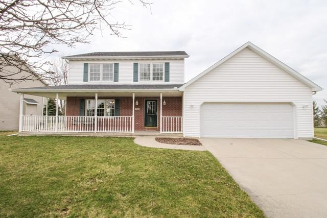 706 Havens Drive, Hudson, IL 61748 (MLS #10329811) :: Berkshire Hathaway HomeServices Snyder Real Estate
