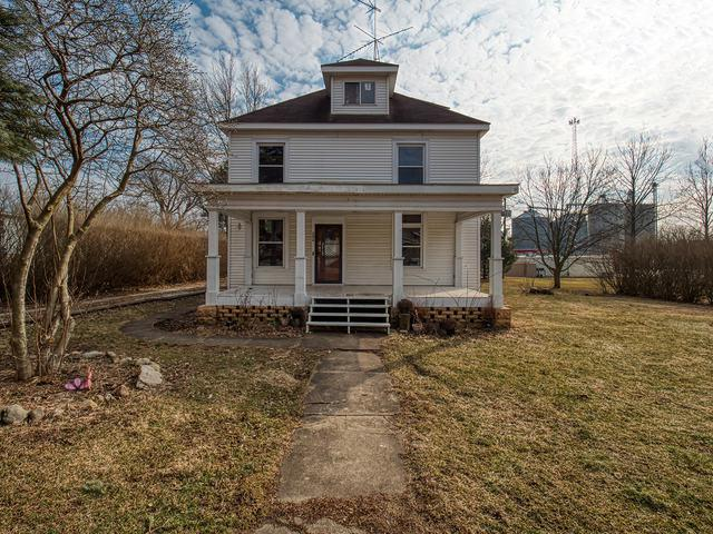 206 E North Street, Colfax, IL 61728 (MLS #10329910) :: Berkshire Hathaway HomeServices Snyder Real Estate