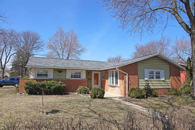 128 Shadywood Lane, Elk Grove Village, IL 60007 (MLS #10330071) :: Helen Oliveri Real Estate
