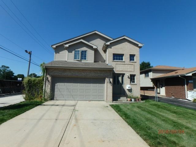 11048 Menard Avenue, Chicago Ridge, IL 60415 (MLS #10330078) :: Domain Realty