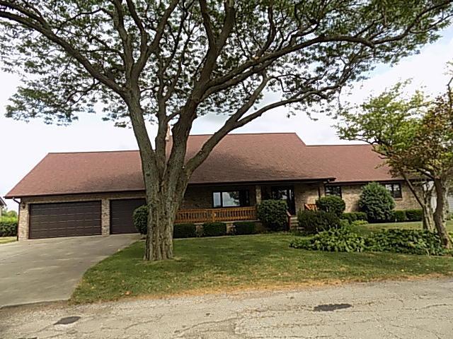 10 Deer Park Lane, Oglesby, IL 61348 (MLS #10330216) :: Littlefield Group