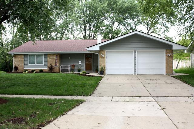 1470 Rosedale Lane, Hoffman Estates, IL 60169 (MLS #10330756) :: Janet Jurich Realty Group