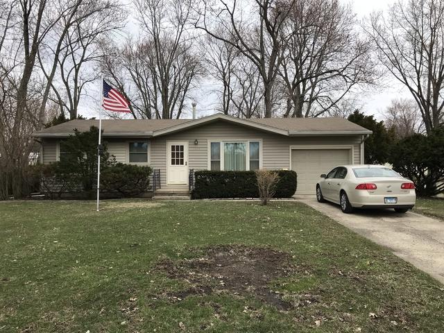 1045 Eastview Drive, Paxton, IL 60957 (MLS #10331107) :: Domain Realty