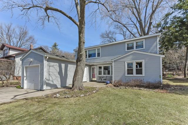 215 Grove Avenue, Fox River Grove, IL 60021 (MLS #10331328) :: Century 21 Affiliated