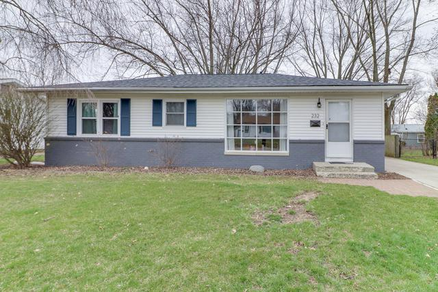 232 Magnolia Drive, Bloomington, IL 61701 (MLS #10331485) :: BNRealty
