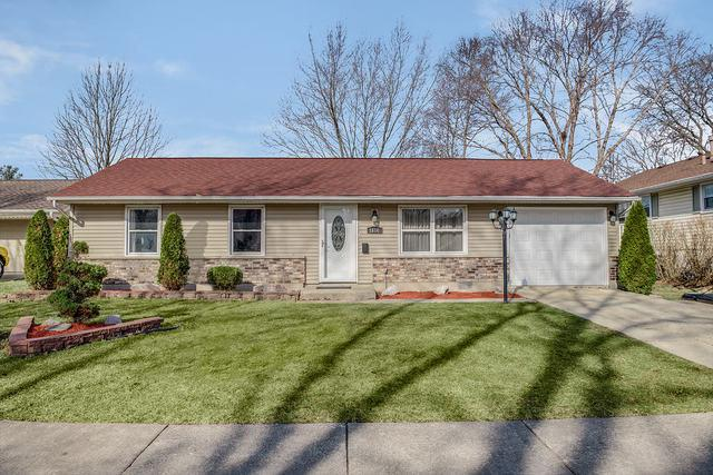 1614 Moore Avenue, Streamwood, IL 60107 (MLS #10332174) :: Helen Oliveri Real Estate