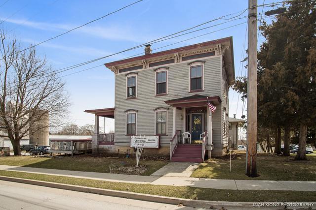 335 W Lincoln Avenue, Hinckley, IL 60520 (MLS #10334091) :: Domain Realty