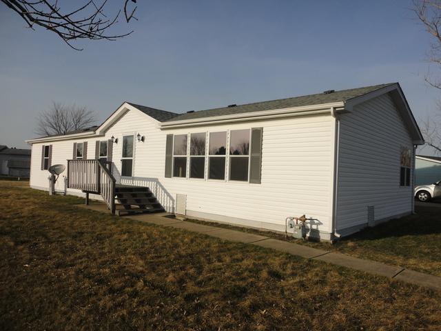 32 Hummingbird Circle, Sandwich, IL 60548 (MLS #10334148) :: BNRealty