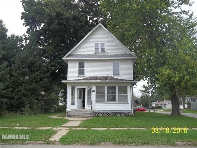 1475 S Carroll Avenue, Freeport, IL 61032 (MLS #10334331) :: Domain Realty