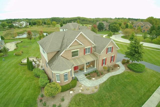 81 Tournament Drive N, Hawthorn Woods, IL 60047 (MLS #10335040) :: Helen Oliveri Real Estate