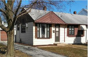 8781 S Kolmar Avenue, Hometown, IL 60456 (MLS #10335237) :: Helen Oliveri Real Estate