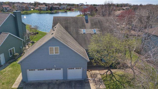 2707 Prairie Meadow Drive, Champaign, IL 61821 (MLS #10335611) :: Littlefield Group