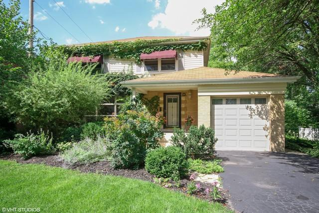 2301 Macdonald Lane, Flossmoor, IL 60422 (MLS #10335628) :: Helen Oliveri Real Estate
