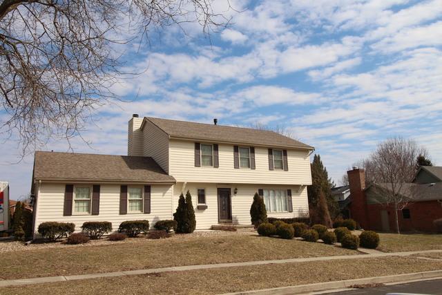 26 Brookshire Green, Bloomington, IL 61704 (MLS #10336843) :: Helen Oliveri Real Estate