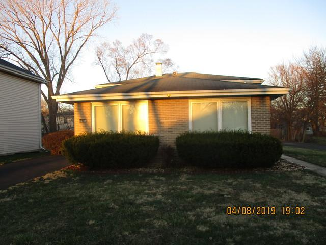 15759 Clifton Park Avenue, Markham, IL 60428 (MLS #10337073) :: Helen Oliveri Real Estate
