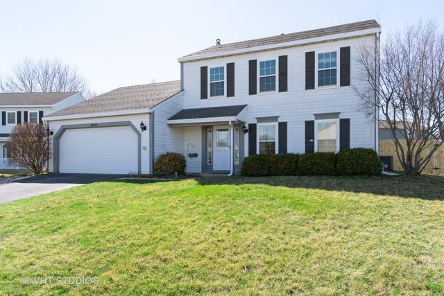 2S030 Essex Lane, Warrenville, IL 60555 (MLS #10337534) :: Janet Jurich Realty Group