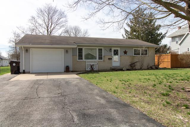 303 E Green Street, LEROY, IL 61752 (MLS #10337752) :: Berkshire Hathaway HomeServices Snyder Real Estate