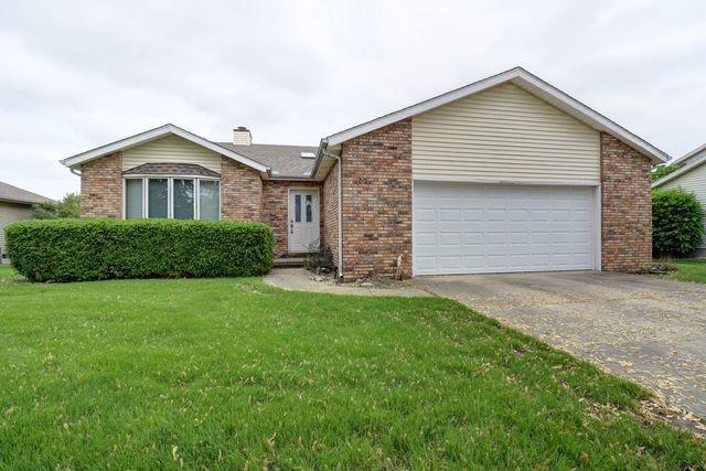 908 Wesley Avenue, Savoy, IL 61874 (MLS #10337839) :: Berkshire Hathaway HomeServices Snyder Real Estate