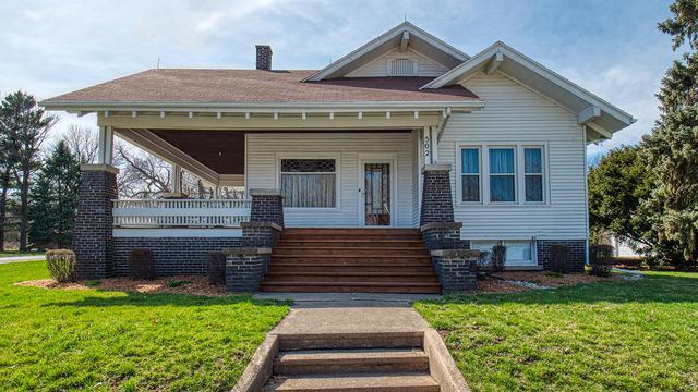 502 N Center Street, Colfax, IL 61728 (MLS #10337856) :: Berkshire Hathaway HomeServices Snyder Real Estate