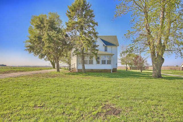 2249 CR 300N, Broadlands, IL 61816 (MLS #10338678) :: Littlefield Group