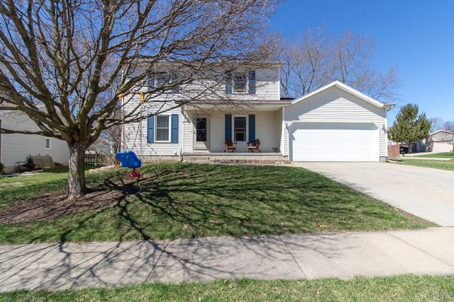 2208 Park Place Drive, Bloomington, IL 61701 (MLS #10338683) :: Berkshire Hathaway HomeServices Snyder Real Estate