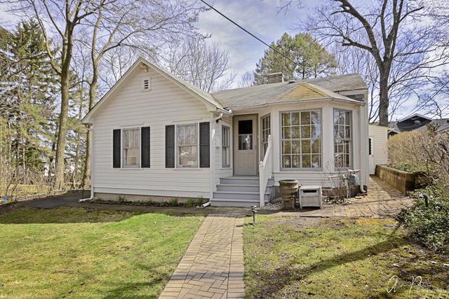 145 Cora Avenue, Fox Lake, IL 60020 (MLS #10338826) :: Domain Realty
