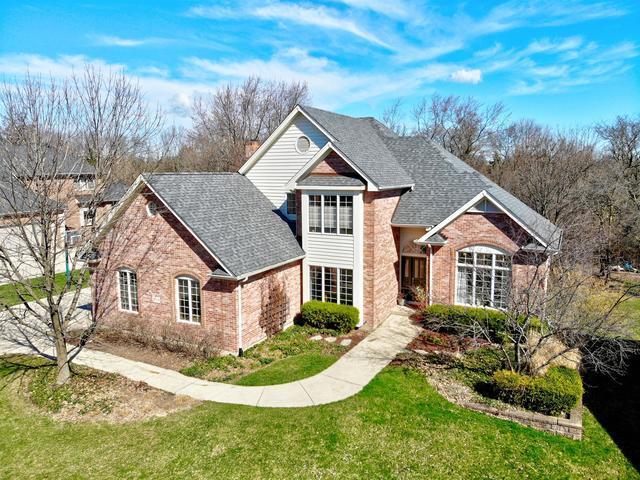 1508 Darien Club Drive, Darien, IL 60561 (MLS #10339060) :: Helen Oliveri Real Estate