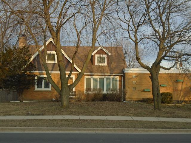 209 Spruce Avenue, Bensenville, IL 60106 (MLS #10339079) :: Domain Realty