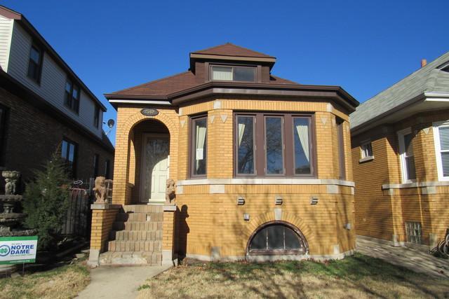 2542 N Nordica Avenue, Chicago, IL 60707 (MLS #10339182) :: Helen Oliveri Real Estate