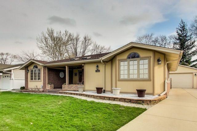 510 Ridgewood Road, Elk Grove Village, IL 60007 (MLS #10339405) :: Domain Realty