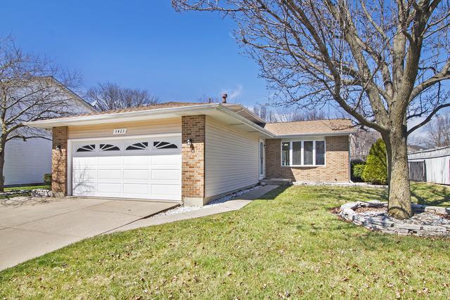 3423 Karen Drive, Joliet, IL 60431 (MLS #10339691) :: Helen Oliveri Real Estate