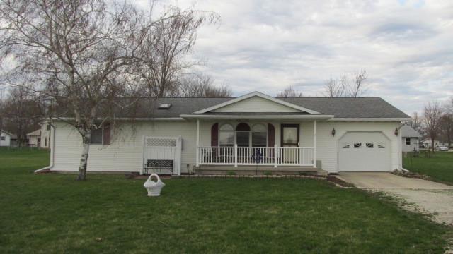 Cissna Park, IL 60924 :: Ryan Dallas Real Estate