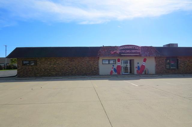 1005 Oak Street, Fairbury, IL 61739 (MLS #10340245) :: Janet Jurich Realty Group