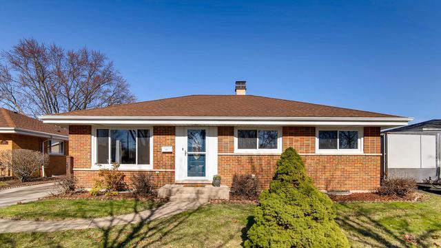 2417 E Martindale Drive, Westchester, IL 60154 (MLS #10340340) :: Angela Walker Homes Real Estate Group