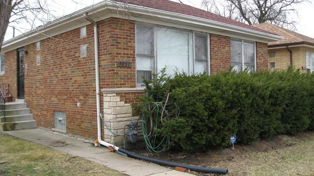 5857 N Jersey Avenue, Chicago, IL 60659 (MLS #10340771) :: Century 21 Affiliated
