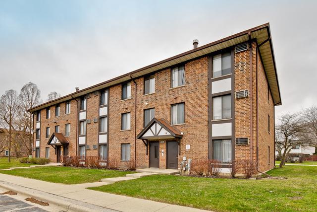 1006 Centurion Lane #2, Vernon Hills, IL 60061 (MLS #10340838) :: Janet Jurich Realty Group