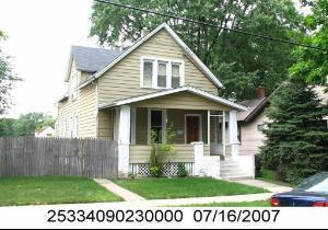 3 E 137th Place, Riverdale, IL 60827 (MLS #10341039) :: Century 21 Affiliated