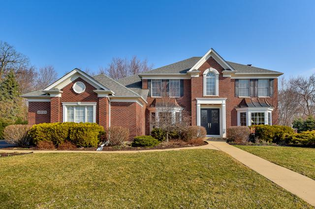 40W928 Fox Creek Drive, St. Charles, IL 60175 (MLS #10341214) :: Janet Jurich Realty Group