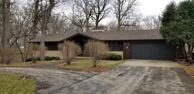 20860 White Oaks Road, Morrison, IL 61270 (MLS #10341582) :: Domain Realty